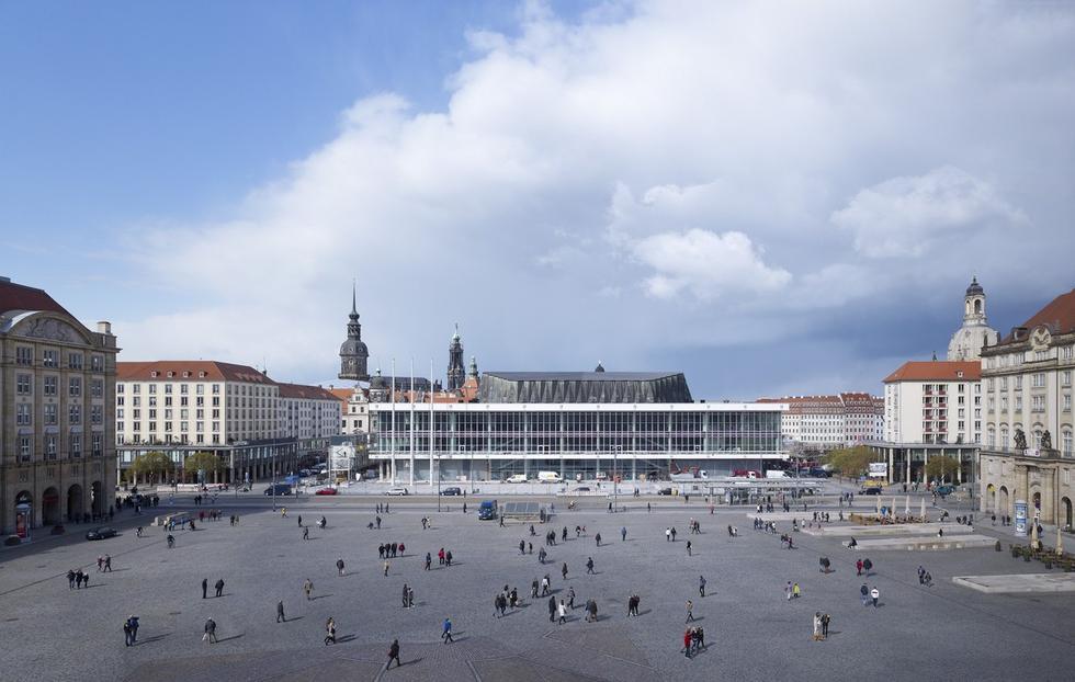 Pałac Kultury w Dreźnie – modernistyczna ikona po modernizacji